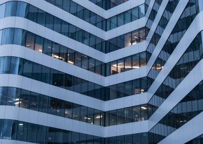 Auditoría de puestos de trabajo en un edificio corporativo